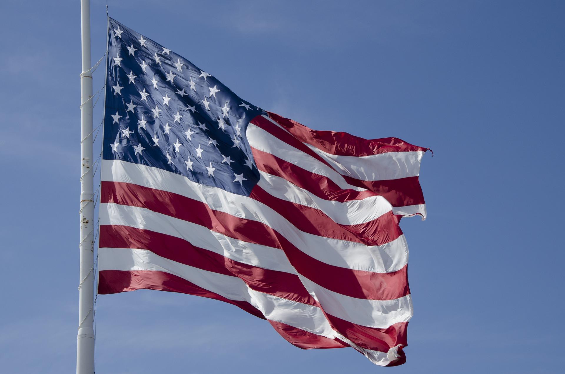 flag-2578873_1920.jpg